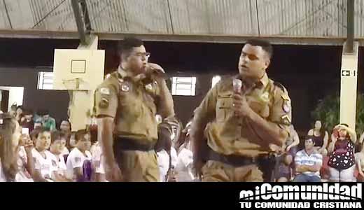 Video Viral: Policías alabando a Jesús en escuela pública Irineu Batista Cámara de Japurá
