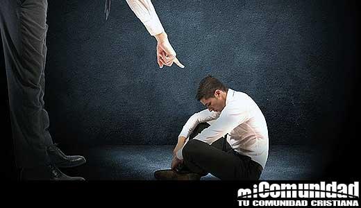 """Investigación """"Abuso Espiritual"""":  2/3 dicen haber experimentado coacción religiosa"""