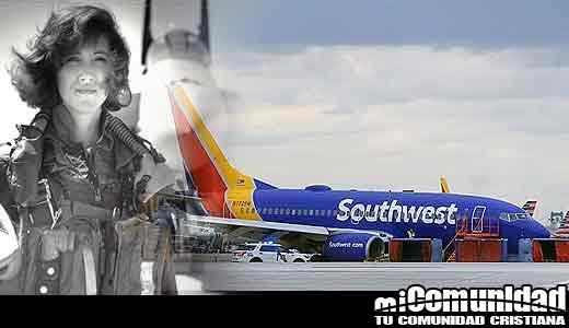 """""""Angels"""" y entrenamiento ayudan a ex-piloto de combate a salvar vidas de pasajeros en vuelo de Southwest"""