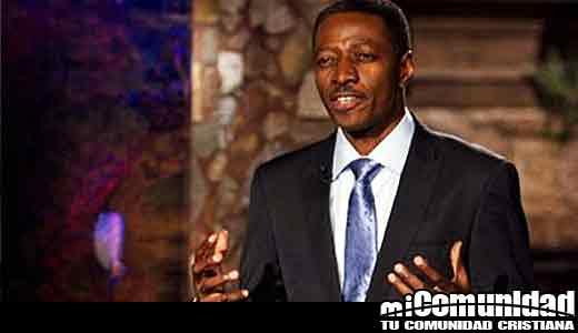 """""""Ningún cristiano debe sentirse culpable de no pagar el diezmo"""", Sam Adeyemi, un famoso predicador"""