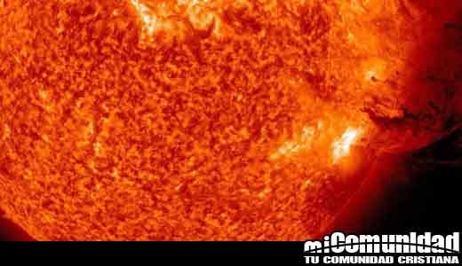 Lo que necesita saber: Tormenta solar podría golpear la Tierra esta semana