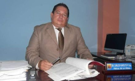 Asesinan a fiscal Carlos Karolys a disparos, en Guayaquil.