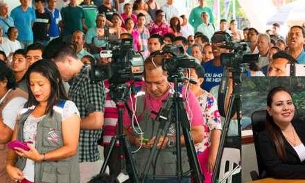 Sucumbios: Gobernadora coloca condiciones a medios de comunicación.