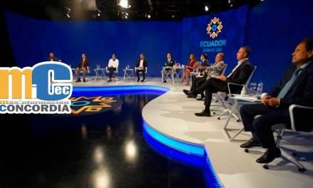 Sin estar presente, rafael Correa fue el centro del debate presidencial