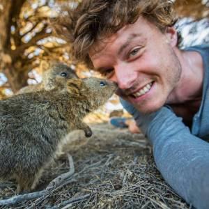 Allan_Dixon_selfie_animal_4