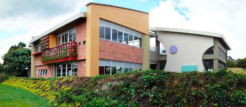 Rio Negro: Colegio Campestre Horizontes
