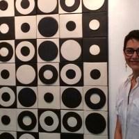 El arte de la cerámica de María Elisa Pifano se expone en Graphicart