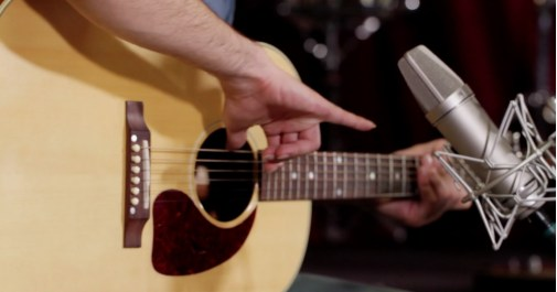 Recording tips on miking acoustic guitar