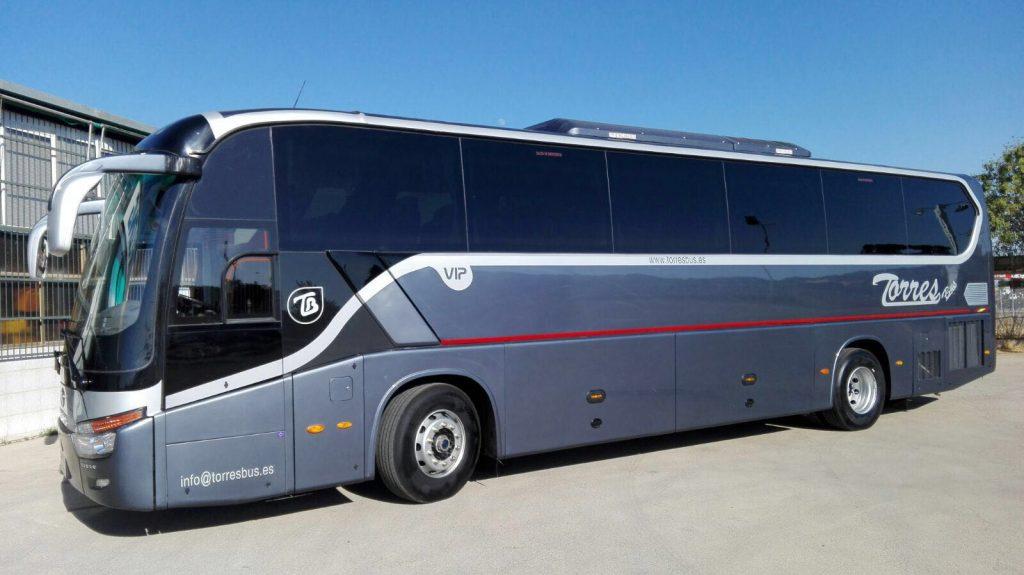 alquiler de autobuses vip madrid 54 plazas para tranporte de pasajeros