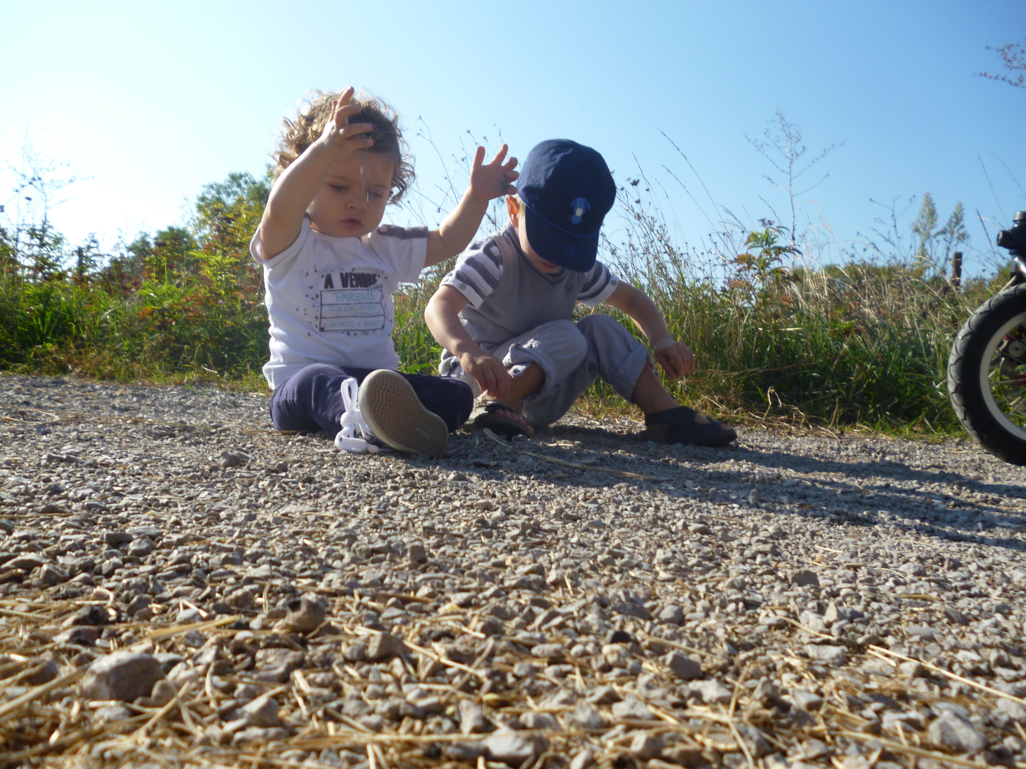 jouer dehors, à la découverte de la nature