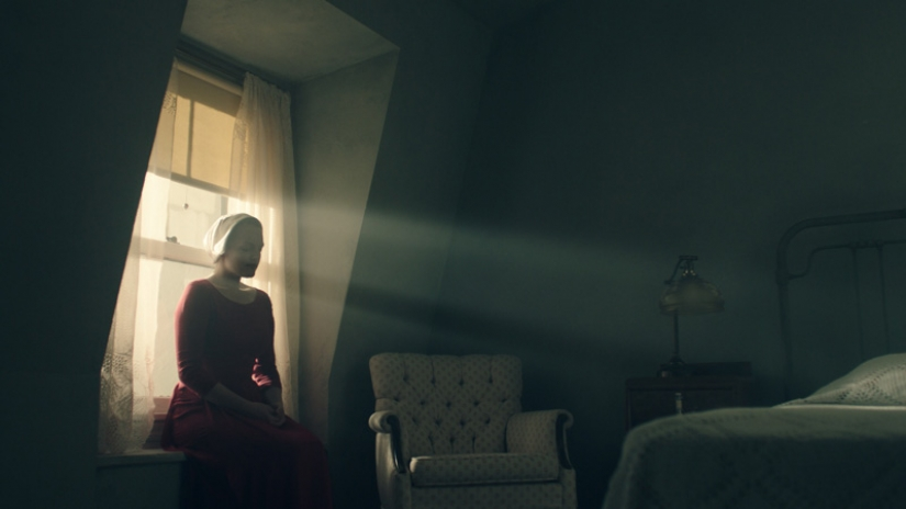 Series: crítica de «The Handmaid's Tale» (Temporada 1)