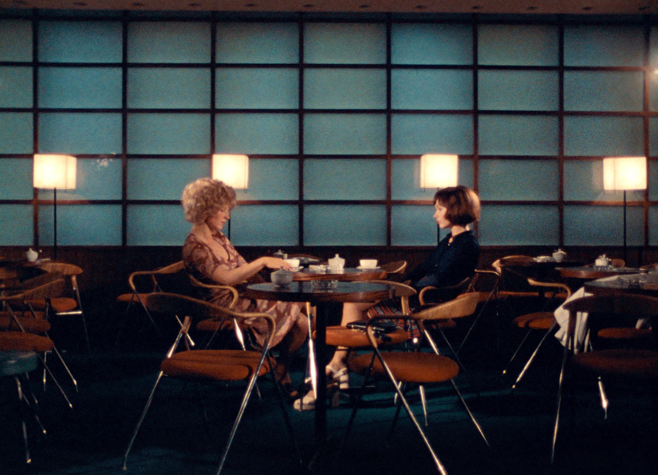 """Series: crítica de """"Ocho horas no hacen un día"""", de Rainer Werner Fassbinder"""