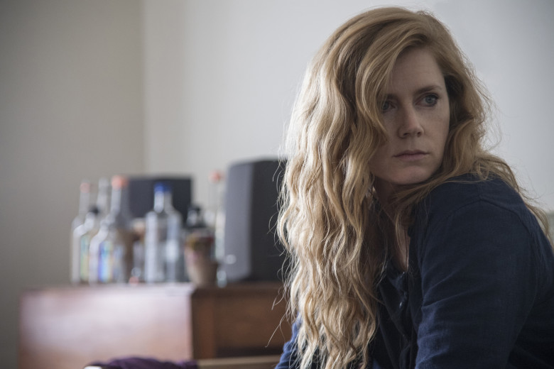 Series: crítica de «Sharp Objects» (Episodios 1-3)
