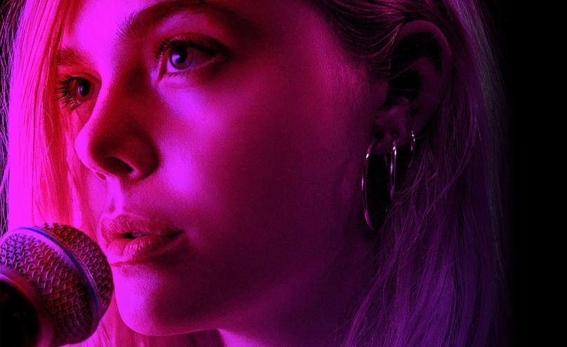 Estrenos: crítica de «Teen Spirit: Alcanzando un sueño», de Max Minghella