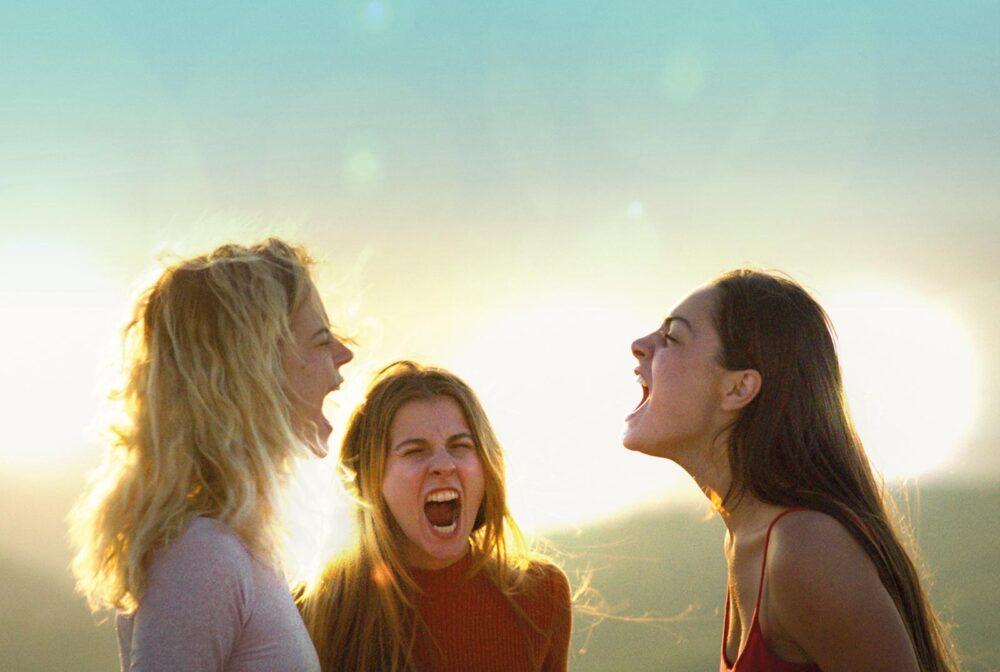 Cannes 2021: crítica de «The Hill Where Lionesses Roar», de Luana Bajrami (Quincena de Realizadores)