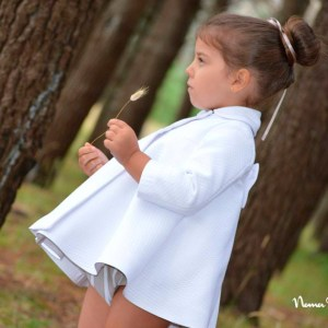 Abrigo blanco de primavera - Noma Fernández.