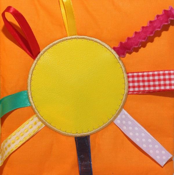 Carte senzoriala din materiale textile pentru bebelusi si copii (2)