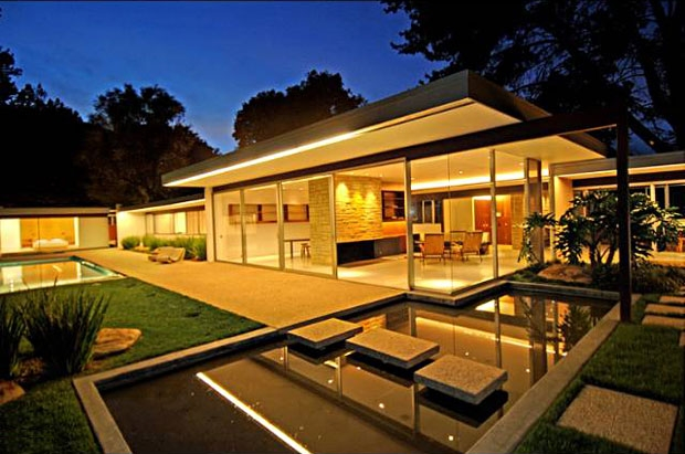 Not All Modern Design Can Be Defined By Just An International Style Such As Found Among The Works Of Mies Van Der Rohe Philip Johnson Or Richard Neutra