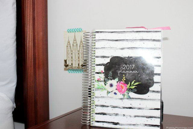 The Mothers Who Know 2017 horizontal layout of the Mormon Mom Planner | MiddayMornings.com