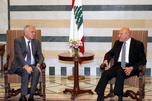 Minister of Foreign of France, Jean Marc Ayrault (L) meets with Prime Minister of Lebanon, Tammam Salam (R)
