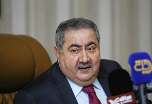 Iraq's Finance Minister Hoshiyar Zebari speaks during a news conference in Baghdad 21 January 2016.