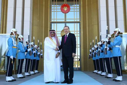 Turkish President Recep Tayyip Erdogan (R) shakes hands with the Crown Prince of Saudi Arabia, Muhammad bin Nayef bin Abdulaziz Al Saud during an official welcoming ceremony at the Presidential Complex in Ankara, Turkey on 30 September, 2016