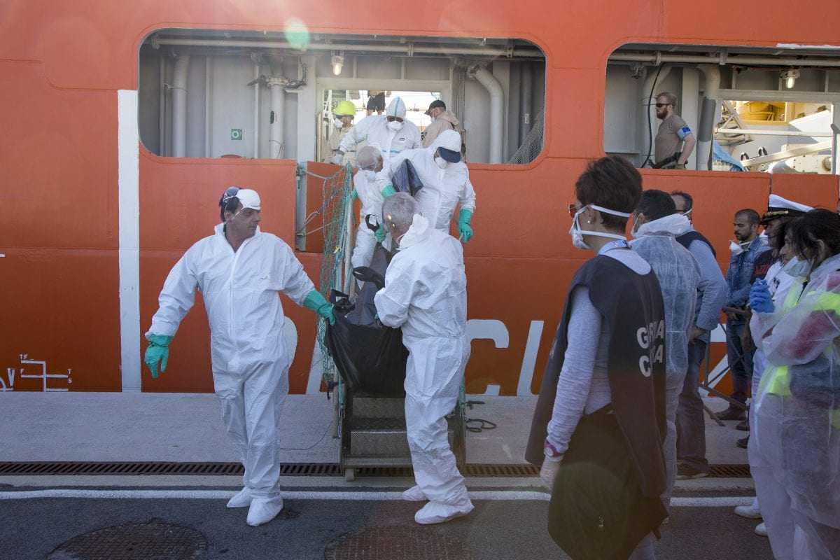 Nearly 1500 migrants rescued from Italian waters