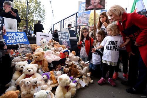 'Teddy Bear' protest in London against attacks in Aleppo