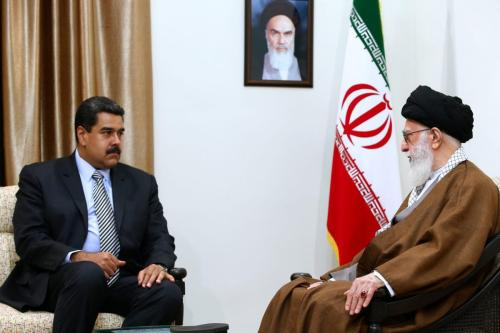 Venezuelan President Nicolas Maduro (L) meets the Supreme Leader of Iran, Ali Khamenei during his visit in Tehran, Iran on October 22, 2016 [Supreme Leader Press Office/Anadolu Agency]