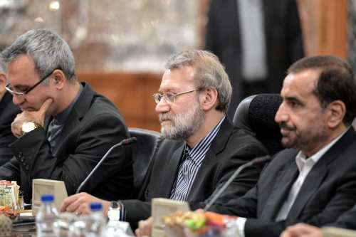 Chairman of the Parliament of Iran, Ali Larijani (C) meets Russian Chairman of the Federation Council Valentina Matviyenko (not seen) at the Parliament building in Tehran, Iran on November 13, 2016 [Fatemeh Bahrami / Anadolu Agency]