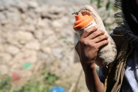 TAIZ, YEMEN: Popular Resistance forces, supporting forces loyal to Yemen's President Abd Rabbuh Mansur Hadi patrol around the Ecahmiliye neighborhood in northern Taiz, after seizing the neighborhood from Houthis on 15 November 2016. [Abdulnasser Alseddik /Anadolu Agency]