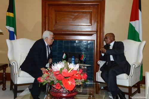 Palestinian President Mahmoud Abbas, [L] meets with South African President Jacob Zuma at Union Building in South Africa [Thaer Ganaim/Apaimages]