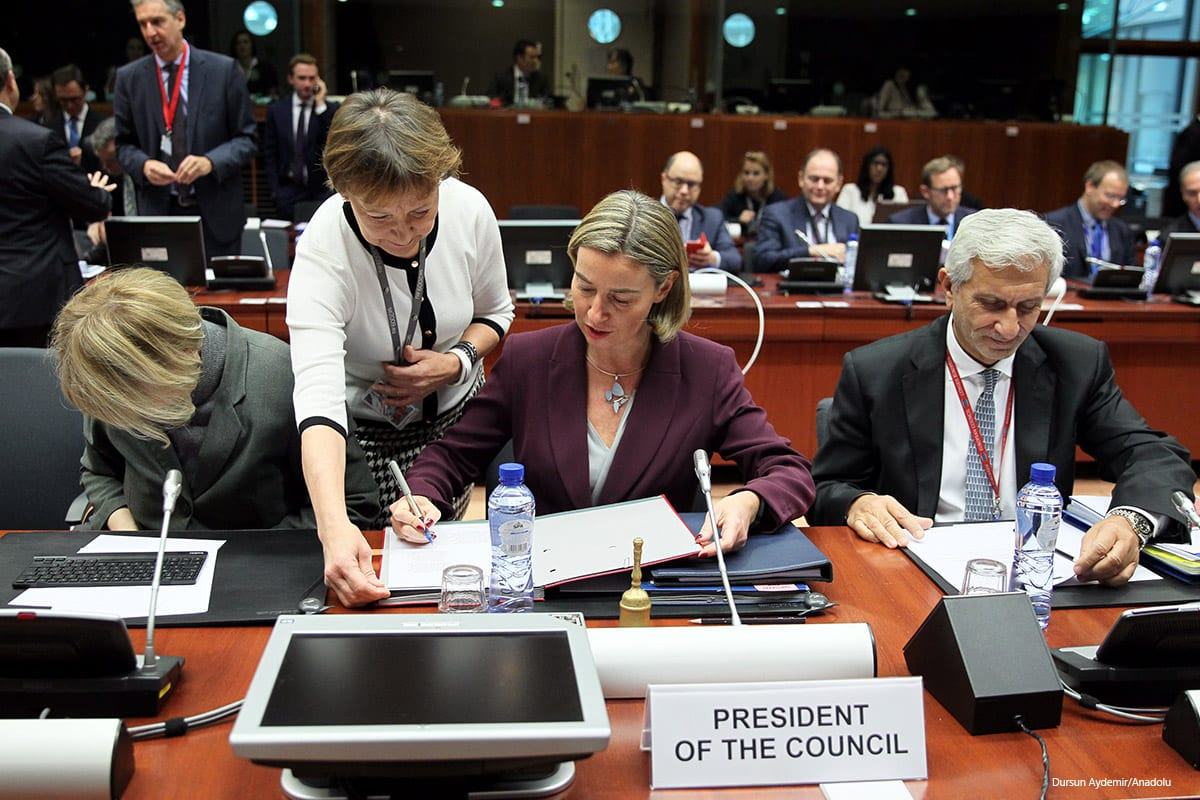 High Representative of the European Union for Foreign Affairs and Security Policy Federica Mogherini (C) attends the EU foreign affairs council at the European Council, in Brussels on November 14, 2016 [Dursun Aydemir/Anadolu]