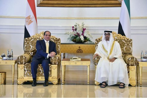 President of Egypt Abdel Fattah el-Sisi (L) meets Crown Prince of Abu Dhabi Mohammed bin Zayed Al Nahyan (R) in Abu Dhabi, United Arab Emirates on December 01, 2016 [Egyptian Presidency / Anadolu Agency]