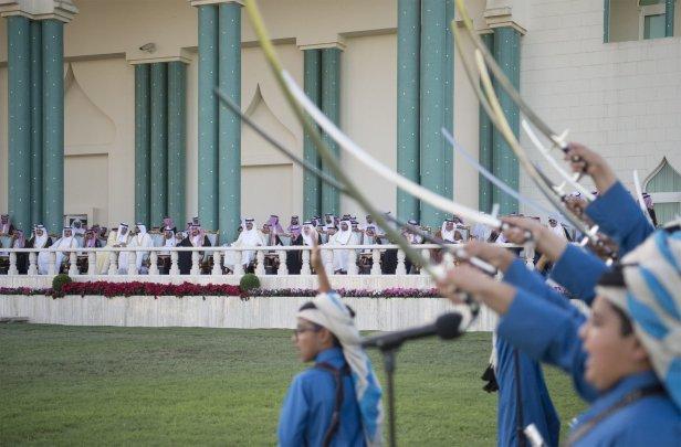 DOHA, QATAR - DECEMBER 5: King of Saudi Arabia Salman bin Abdulaziz is welcomed with an official ceremony by Emir of Qatar Sheikh Tamim bin Hamad Al Thani at Royal Palace in Doha, Qatar on December 5, 2016. ( Bandar Algaloud/ Saudi Kingdom/ Handout - Anadolu Agency )