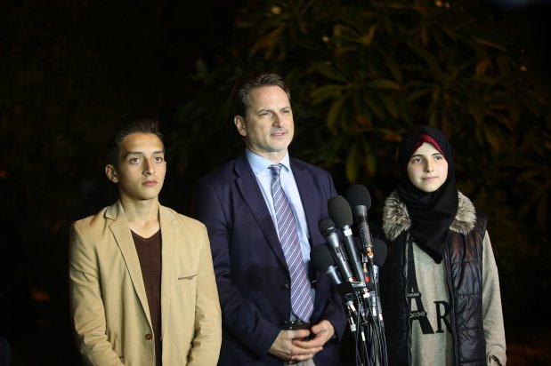 GAZA CITY, GAZA - DECEMBER 5: The United Nations Relief and Works Agency (UNRWA) Commissioner General Pierre Krenpol (C) speaks during a press conference in Gaza City, Gaza on December 5, 2016. ( Mohammed Talatene - Anadolu Agency )