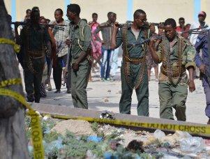 The scene of a car bomb attack is seen near the port in the capital Mogadishu, Somalia, 11 December 2016 [Nour Gelle Gedi / Anadolu Agency]