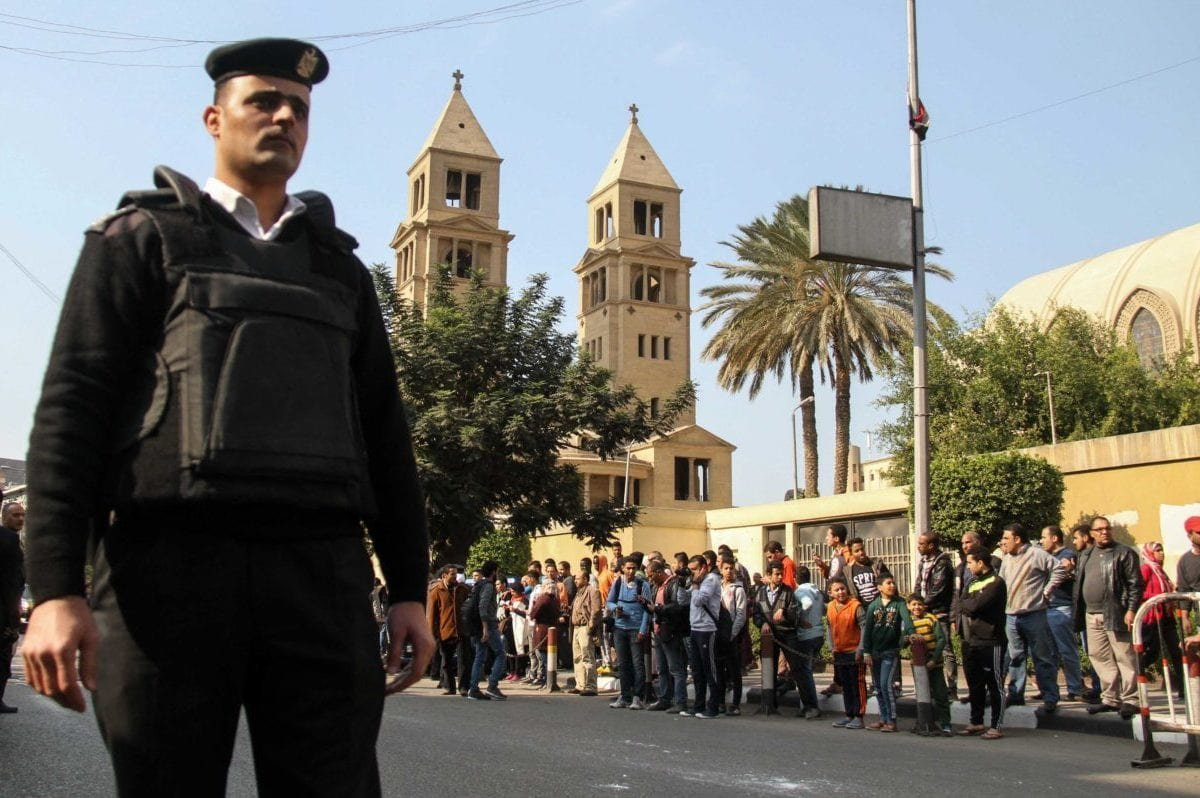 Security forces take security measures at site after an explosion at Saint Mark's Coptic Orthodox Cathedral in Cairo, Egypt on 11 December, 2016 [Ahmed Gamil /Anadolu Agency]