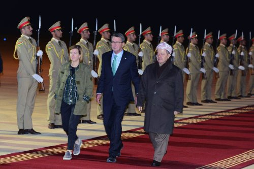 US Defence Secretary Ashton Carter (L) is being welcomed by Iraqi Kurdish Regional Government's (IKRG) Prime Minister Masoud Barzani at Erbil International Airport in Erbil Iraq on December 11, 2016 [Hamit Hüseyin / Anadolu Agency]