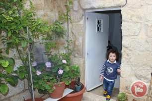 Image of a Palestinian home belonging to Mustafa Sub Laban and his wife Nora Gheith [maannews]