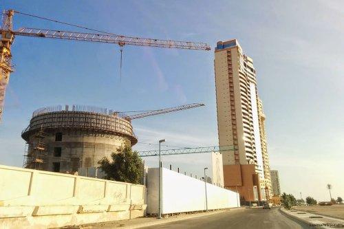 Image of construction in Jeddah, Saudi Arabia [Trapezius7WIkipedia]