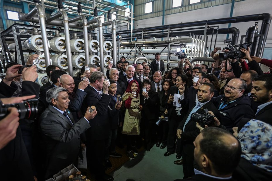 High level delegation from EU and UN attend the inaguriation ceremony of the European Union (EU) and UNICEF funded huge sea-water desalination plant in Deir al Balah, Gaza on January 19, 2017. ( Ali Jadallah - Anadolu Agency )