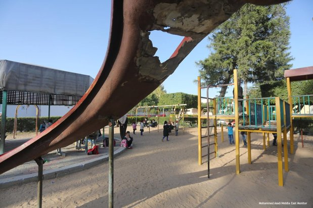 Image of Palestinian children playing in a park [ Mohammed Asad/Middle East Monitor]