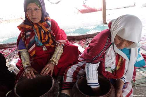Image of Tunisian women preparing food [Magharebia/Flickr]