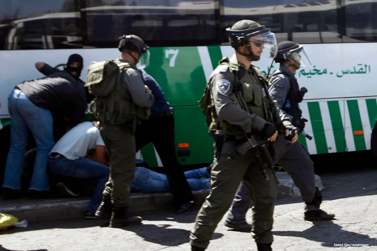 Image of Israeli police officers patrolling Jerusalem's Shuafat district [Saeed Qaq/Apaimages /Apaimages]