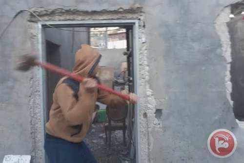 Palestinian family of 13 displaced after being forced to demolish their own home