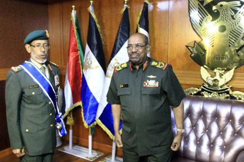 Chief of Staff of UAE Armed Forces Lt. General Hamad Mohammed Thani Al Rumaithi (L) meets Sudanese General Emad Al-Din Mustafa Adawi (R) in Khartoum, Sudan on 7 February 2017. [Ebrahim Hamid/Anadolu Agency]