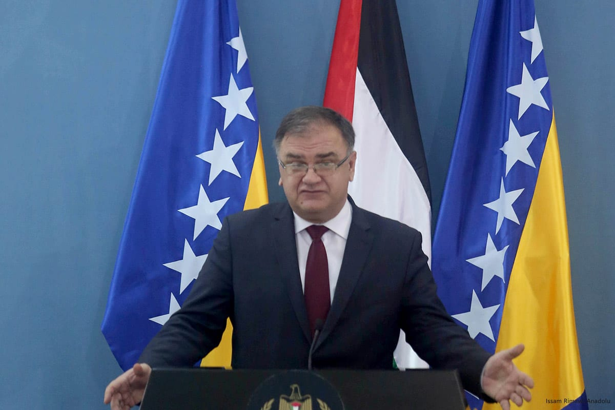 Image of Mladen Ivanić, Chairman of the Presidency of Bosnia and Herzegovina in Ramallah on 16 March 2017 [Issam Rimawi/Anadolu]
