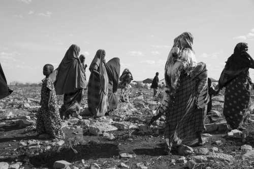 Somalian women walk in the small town if Baidoa Somalia [Ty Faruki]
