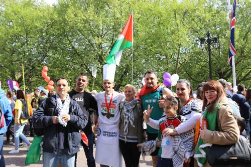 Mohammed AlQadi, Palestinian chef, ran the London Marathon, April 23, 2017 [Jehan Alfarra/Middle East Monitor]